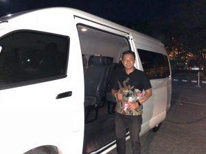 sewa mobil hiace di Bali