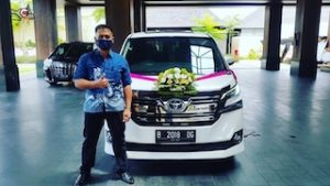 sewa alphard wedding
